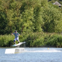 Arturas Dudenas Fox Spot on box wake