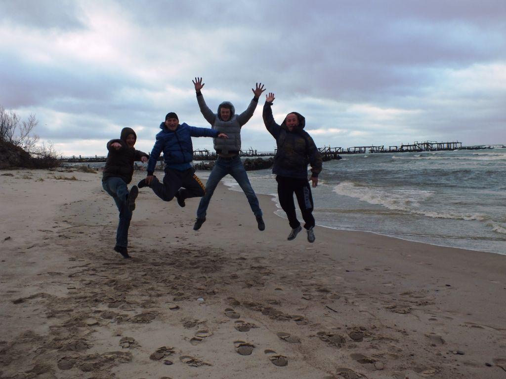 Artūras Dudėnas blogas_5 gruodžio 10 Šiauliečiai kaituoja jūroje Šventojoj