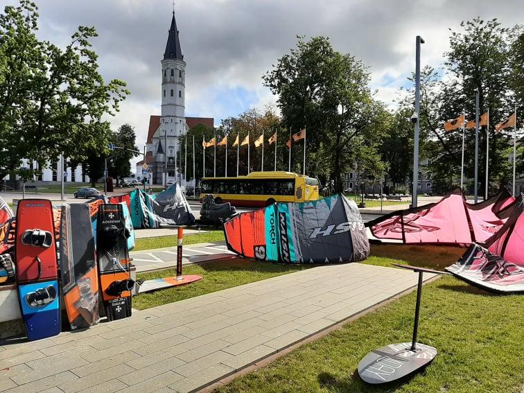 Protesto akcija dėl neracionalių savivaldybės sprendimų Rėkyvos ežero vandens sporto megėjams ir profesionalams.